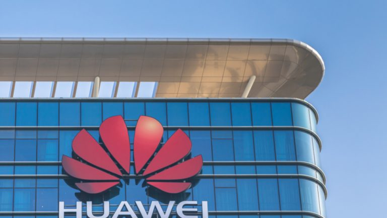 US warns UK on allowing Huawei 5G