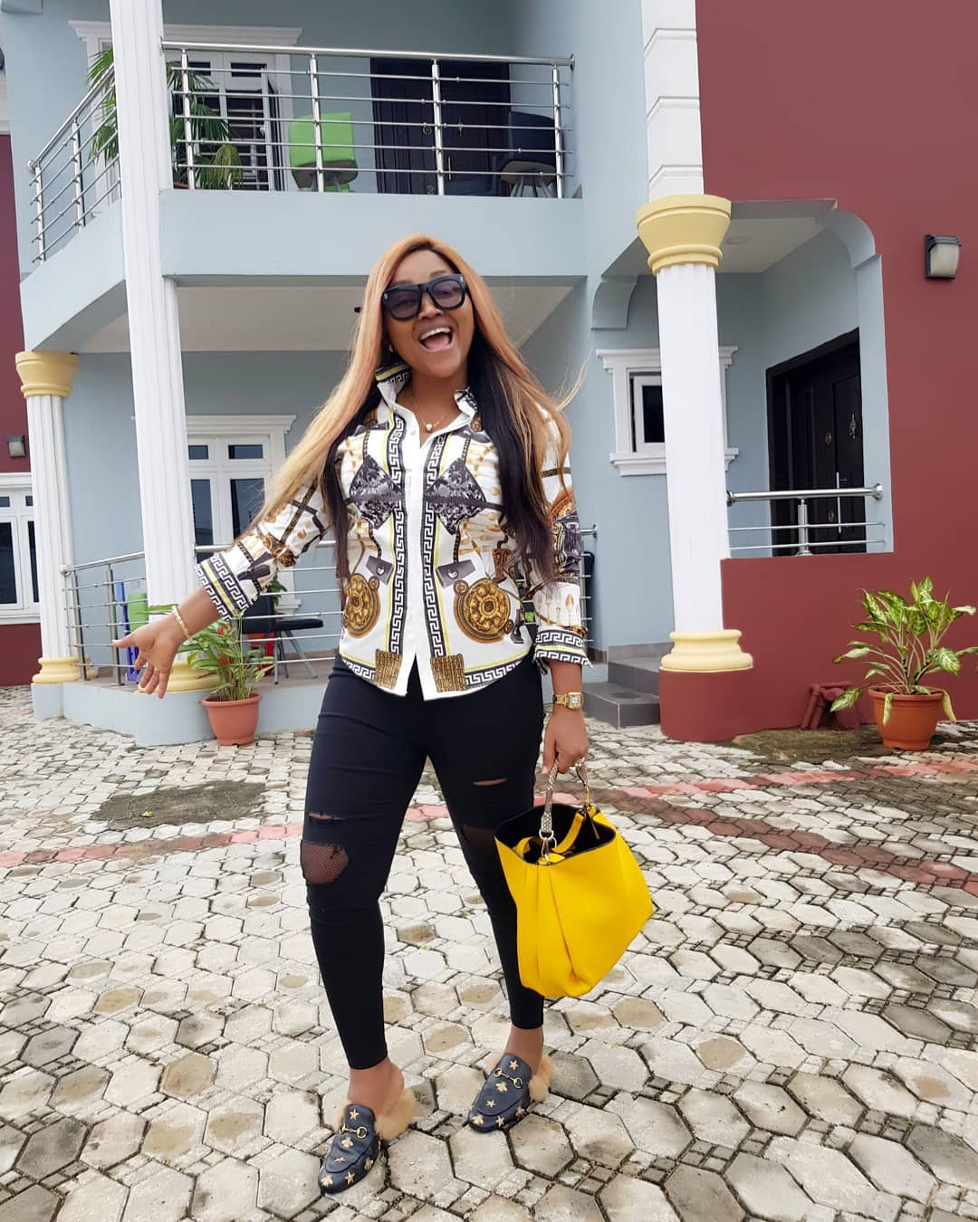 Iyabo Ojo, Bimbo Afolayan, Mercy Aigbe and 4 other Nigerian celebrities with beautiful mansions (photos)