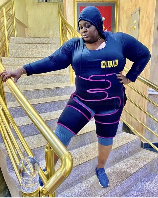 Before and After, Meet the new Eniola Badmus; Keep it up you can do it Fans Encourages her| Photos