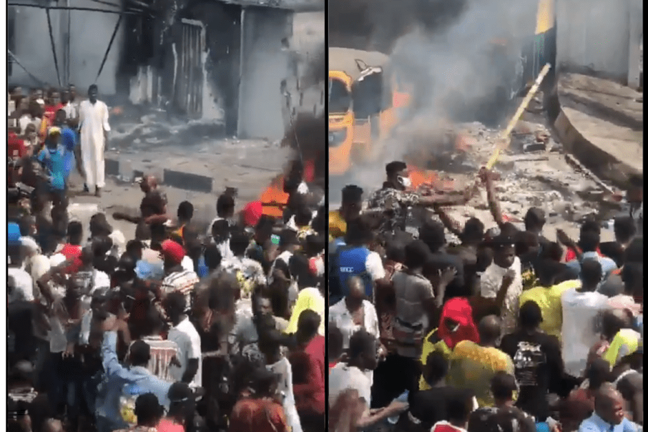 JUST IN: 'Avoid Wearing Uniform For Now If You Are A Police Officer' – Twitter User Warns As Policeman Get Lynched By Thugs (DISTURBING VIDEO)