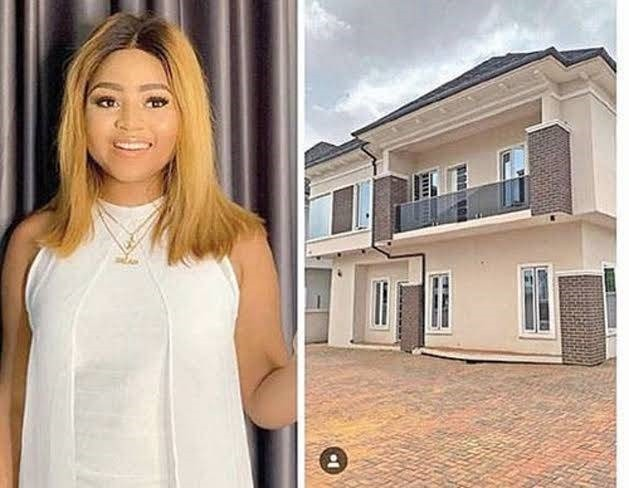 Just A Year After She Bought A Multi-Million Naira Mansion For Her Mother, See What She Has Achieved