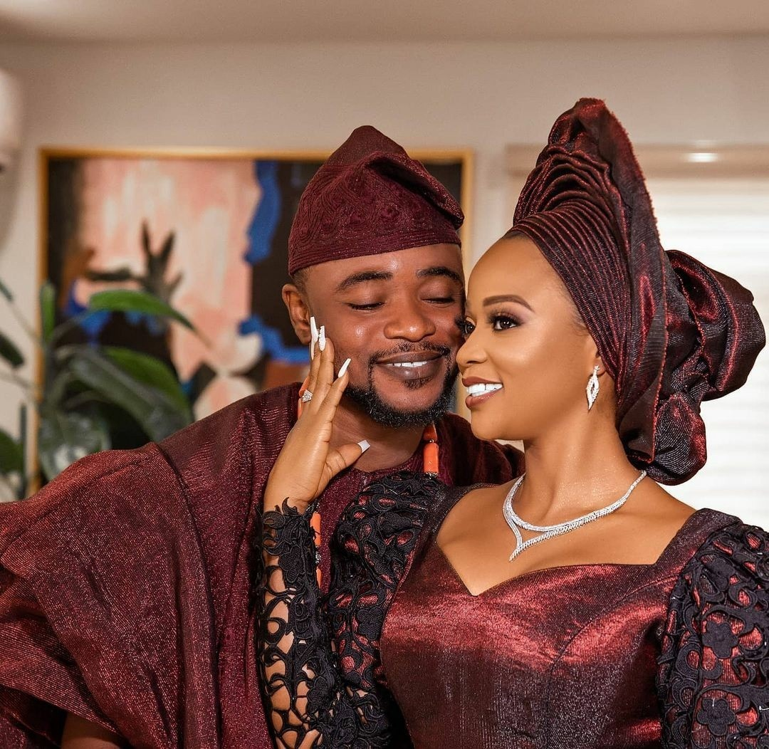To have and to hold! Nini and Tolu's amazing classy wedding album