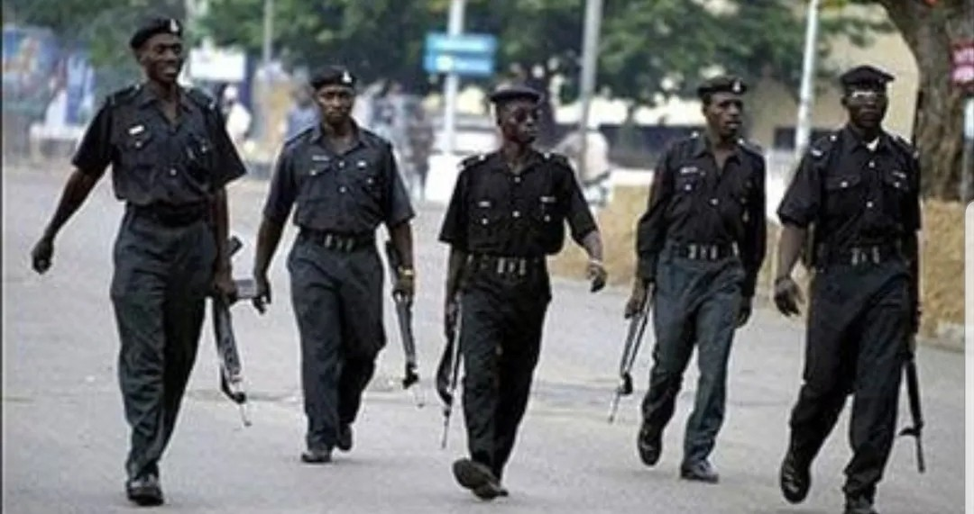 Woman, 35 others arrested for robbery, kidnapping