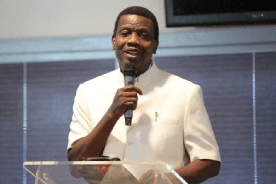 You Will Marry Next Year'- The Moment Ps. Adeboye Prayed For Single Men In Church (VIDEO)