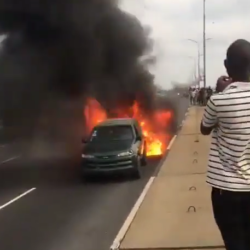 Two SUVs go up in flames on Third mainland bridge (video)