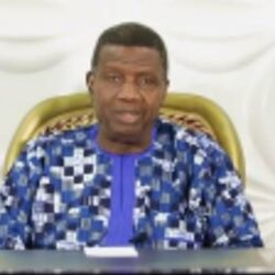 """""""One man down, we regroup and advance!"""" Pastor EA Adeboye speaks following his son's funeral (video)"""